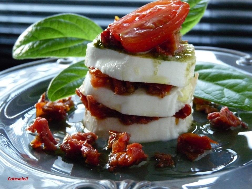Salade Caprese aux tomates séchées