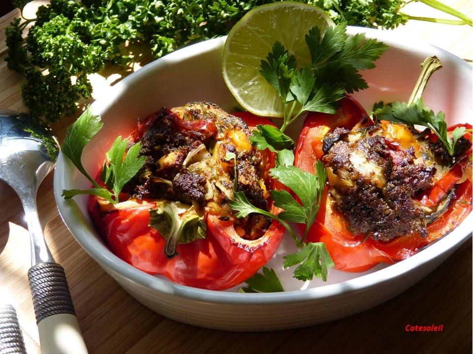 Poivrons farcis à la viande & légumes du soleil