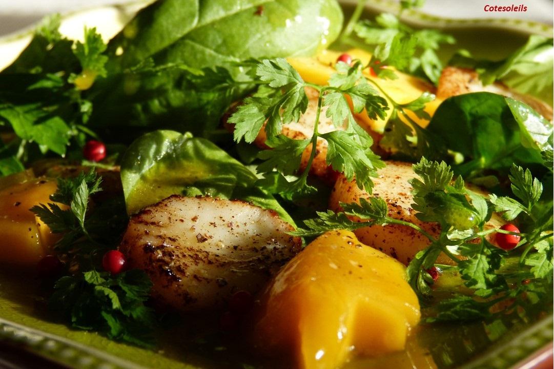 Salade St Jacques aux fruits exotiques