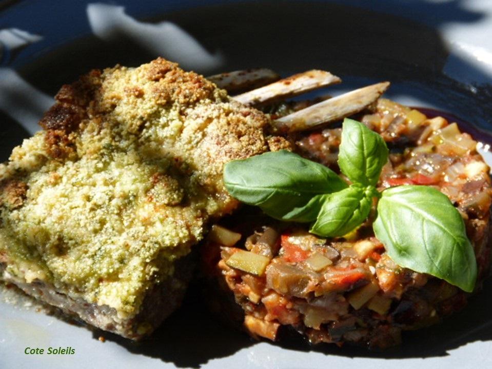 Cotelettes d'agneau en croute de basilic