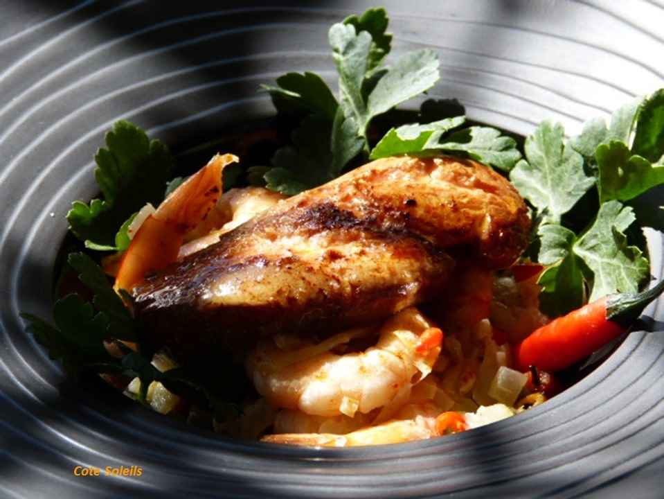 Foie gras poelé & gambas pimentées